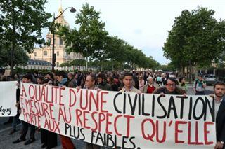 Vincent Lambert- marche à Paris pour réclamer une grâce présidentielle