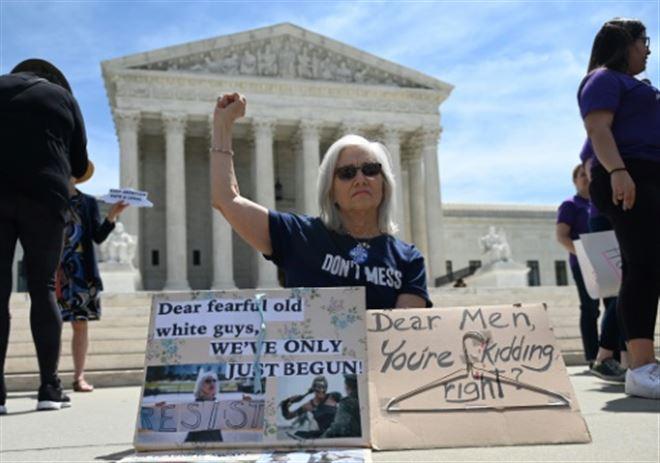 USA- plainte pour bloquer la loi sur l'avortement en Alabama