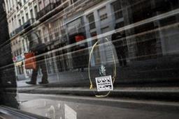 Chasse à l'homme après une mystérieuse attaque au colis piégé à Lyon