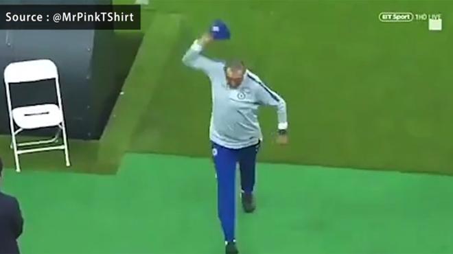 Un dernier entraînement animé pour Chelsea: Maurizio Sarri CRAQUE et quitte la séance prématurément (vidéos)