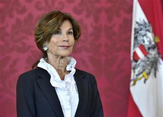 Autriche- première femme nommée à la tête du gouvernement en attendant les élections