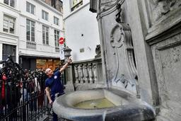 Manneken Pis urine du lait, et non de l'eau, pour sensibiliser à des prix équitables