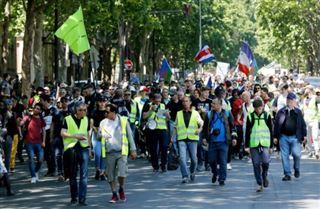 Gilets jaunes- quelques milliers de manifestants en France, très faible mobilisation