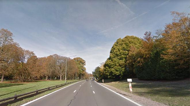 Deux jeunes hommes meurent après un terrible crash sur l'A12 à Laeken: l'Audi S8Plus a