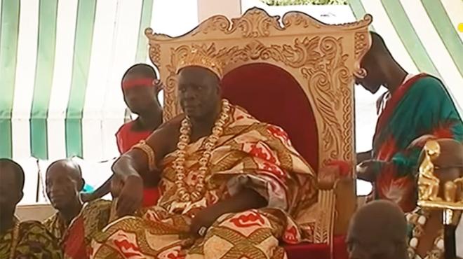 Un roi ivoirien vole au secours de la cathédrale Notre-Dame: