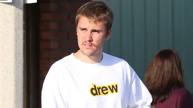 Justin Bieber imite Booba? Le chanteur propose un combat en octogone à… Tom Cruise