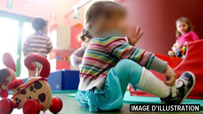 Paiement des allocations familiales en Wallonie: pas d'erreurs d'estimations, se défend Famifed