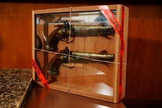 Prison avec sursis pour le vol des pistolets de Surcouf