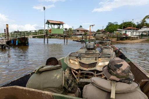 Guyane: deux gendarmes et deux militaires blessés lors d'une patrouille contre l'orpaillage clandestin