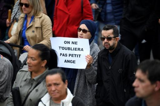 Lorient: un millier de personnes à la marche blanche pour le garçon tué par un chauffard