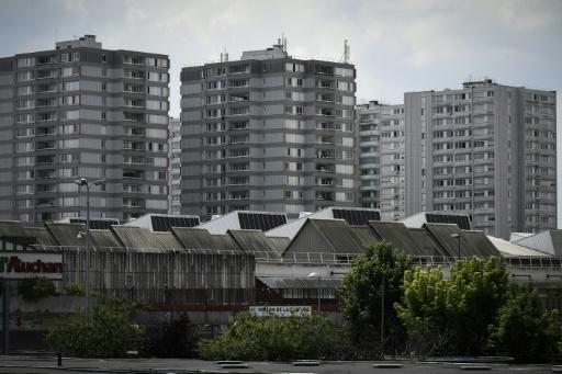 Banlieues: critiqué il y a un an, le gouvernement défend son bilan