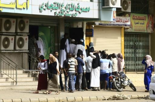 Soudan: les généraux au pouvoir admettent avoir ordonné la dispersion du sit-in