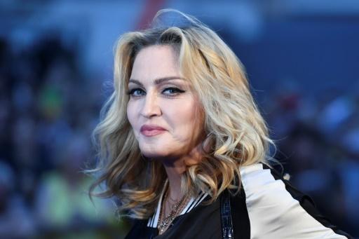 Madonna dément vouloir quitter Lisbonne