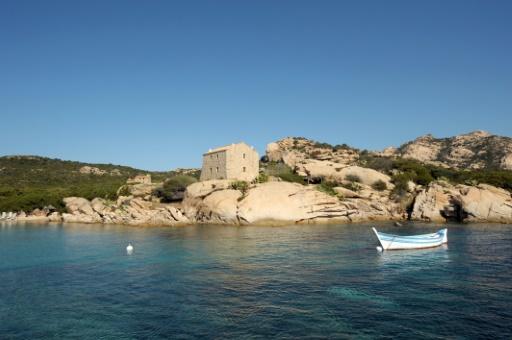 Corse: une enquête pour