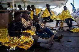 L'Italie autorise le débarquement de dix des 53 migrants du Sea-Watch 3