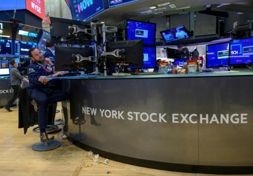 Wall Street termine dans le vert à l'approche d'une réunion de la Fed