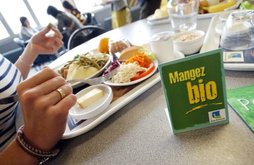 Loi Alimentation: l'Etat doit débloquer 1 milliard d'euros pour la restauration collective