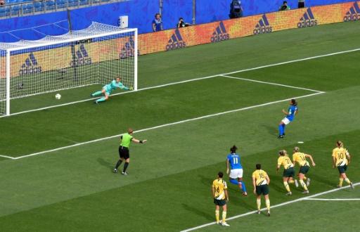 Mondial féminin: Brésil et Australie, dernier train pour les 8e