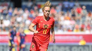 Une Red Flame réalise son rêve- elle a rejoint l'un des meilleurs clubs au monde 5