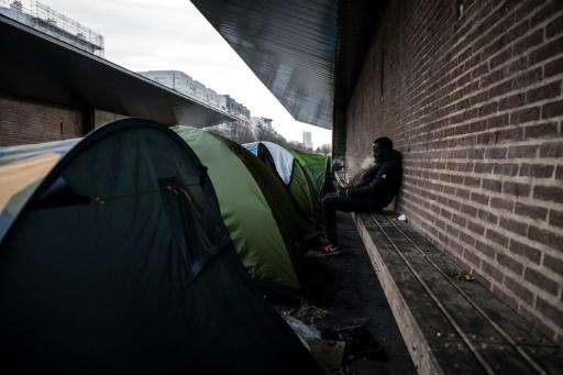 Nouvelle évacuation de plus de 200 migrants près de Paris