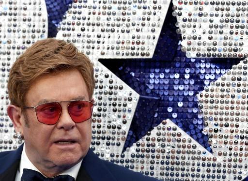 Fête de la musique: 84 chansons en direct à Nice, Elton John honoré à Paris