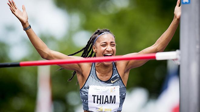 Nafissatou Thiam brille déjà et s'offre un record du monde pour ses débuts à Talence