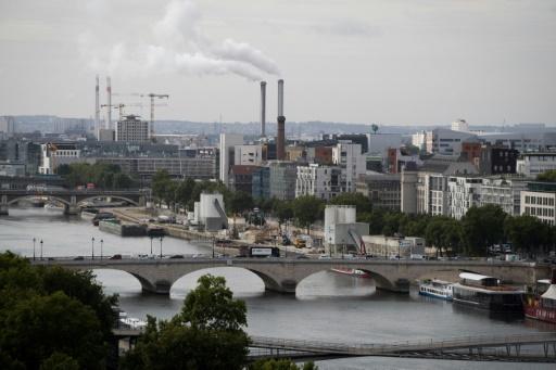 Près de Paris, bataille contre la reconstruction du plus grand incinérateur d'Europe