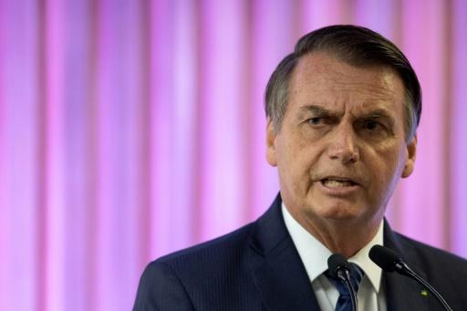 Bolsonaro recule sur la libéralisation des armes au Brésil