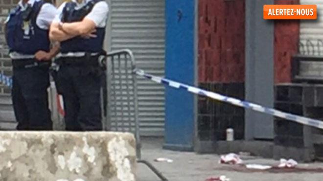 Violente rixe tôt ce matin au centre de Bruxelles: deux personnes emmenées à l'hôpital, la police scientifique requise