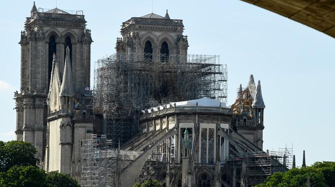 Les enquêteurs révèlent les pistes envisagées pour l'incendie de Notre-Dame: