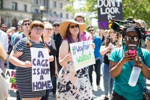 USA: grève de salariés contre la vente de lits à des centres d'enfants migrants
