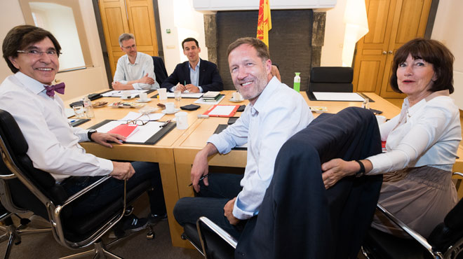 Formation wallonne: les négociateurs PS et Ecolo ont entamé leurs consultations avec la société civile