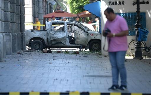 Un policier tué dans l'attentat dans le centre de Tunis