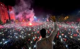 Ekrem Imamoglu officiellement nouveau maire d'Istanbul