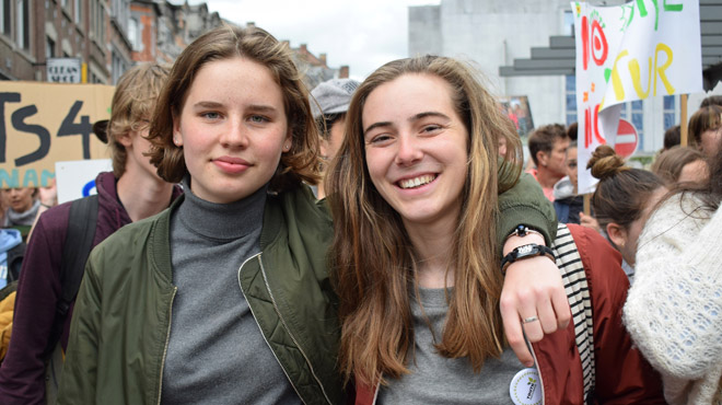 Bien qu'elles aient séché les cours tous les jeudis, Adélaïde Charlier et Anuna De Wever réussissent brillamment leur rhéto