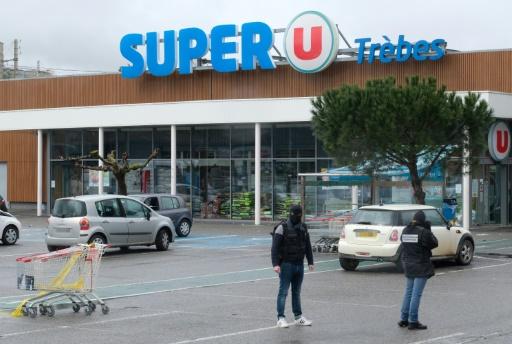 Attentats de Trèbes et Carcassonne: les deux suspects mis en examen et écroués
