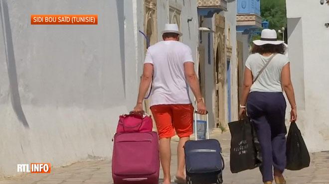 Après le double attentat de jeudi, les Tunisiens espèrent que les touristes ne vont pas fuir leur pays