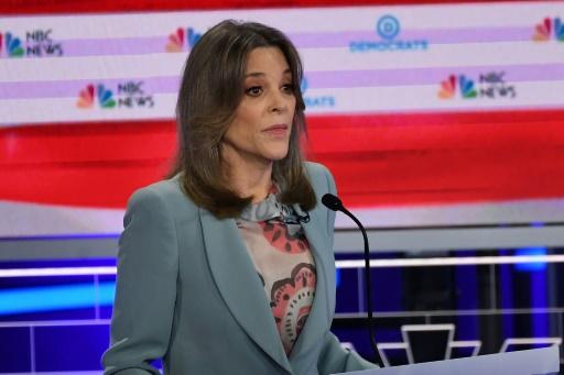 L'étonnante candidate Marianne Williamson prêche