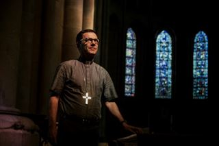 A l'ombre de Barbarin, Mgr Gobilliard lève un voile sur la sexualité des prêtres