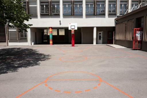 Le projet de loi corrigé sur l'école réussit l'épreuve finale de l'Assemblée