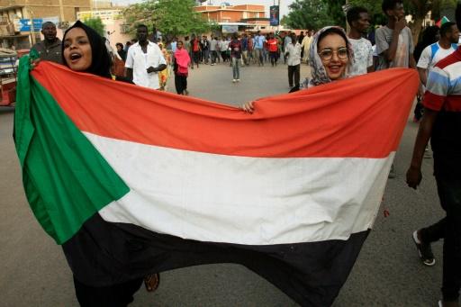 Soudan: les généraux et la contestation conviés à des pourparlers mercredi