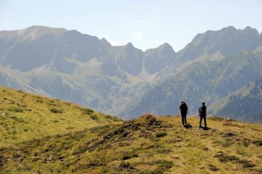 Parcmètres vs randonneurs: l'accès payant à la montagne fait débat dans les Pyrénées