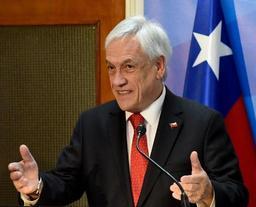Le Chili interdit l'entrée sur son territoire à une centaine de Vénézuéliens liés à Maduro