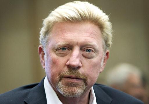 Recherche trophées de Boris Becker pour éponger ses dettes