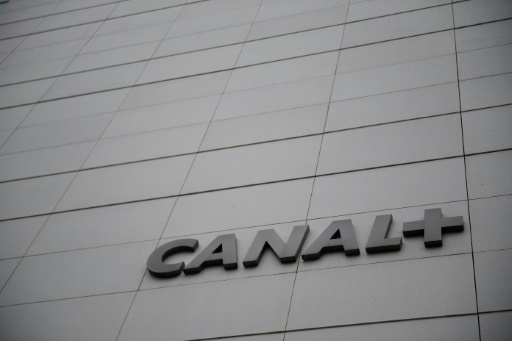 Acculé, Canal+ va supprimer environ 500 postes en France pour
