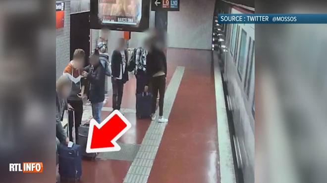 Cette vidéo montre la technique utilisée par des pickpockets à Barcelone: en quelques secondes, le bagage est volé