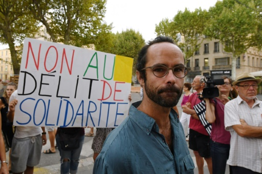 Aide aux migrants: Cédric Herrou rejoint Emmaüs avec une première communauté paysanne