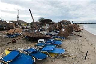 Une violente tornade s'abat en Grèce en pleine région touristique- sept morts
