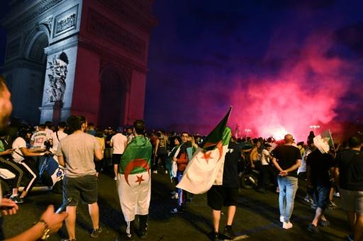 Incidents après la victoire de l'équipe de foot de l'Algérie: