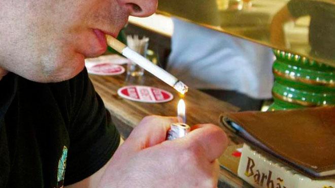 Il y a de plus en plus de restrictions pour les 20% de Belges accros à la cigarette: mais où peuvent-ils encore fumer?